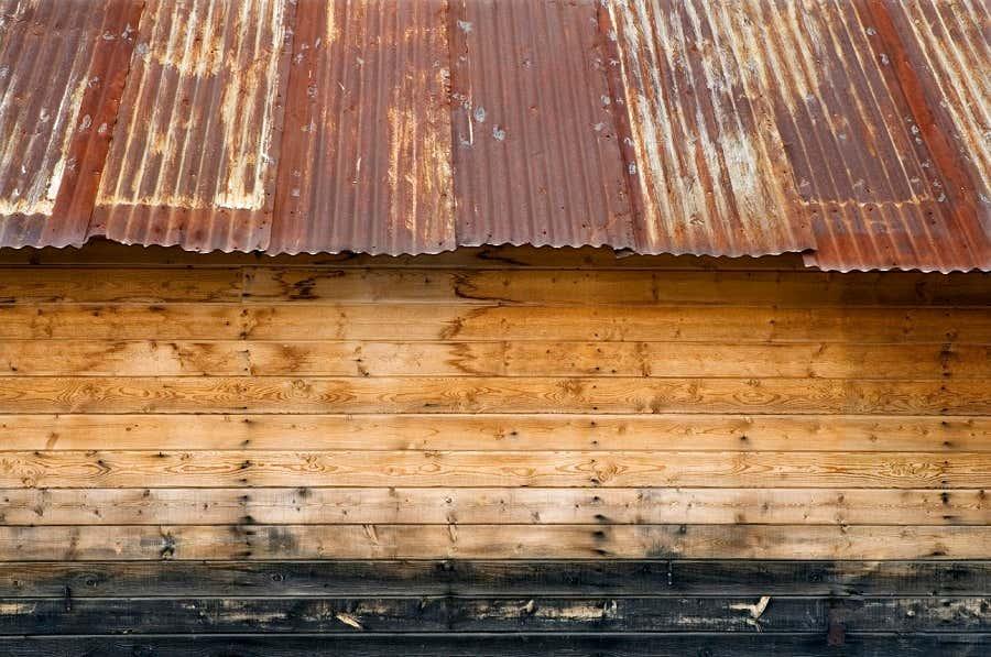 naturholz gartenhaus so behandeln sie naturholz richtig. Black Bedroom Furniture Sets. Home Design Ideas