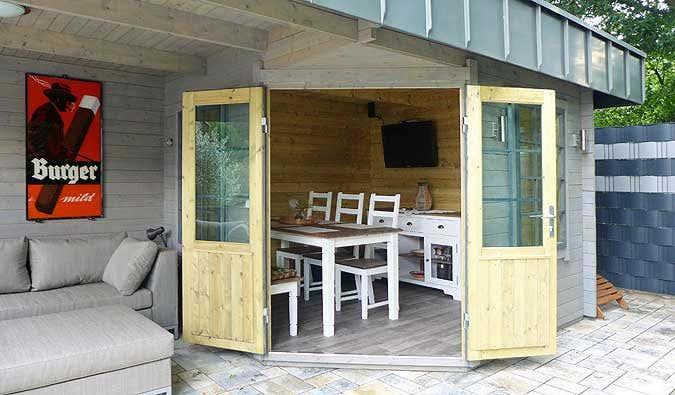 das gartenhaus hanna 40 mit individuellem dach. Black Bedroom Furniture Sets. Home Design Ideas