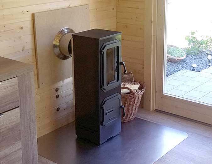 Ein Holzofen Furs Gartenhaus