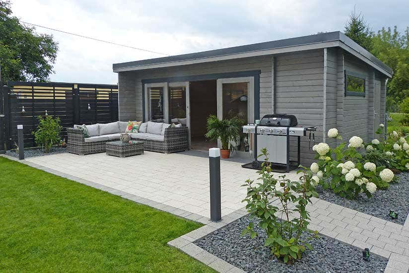 aufbau gartenhaus java harmonie in grau wei. Black Bedroom Furniture Sets. Home Design Ideas