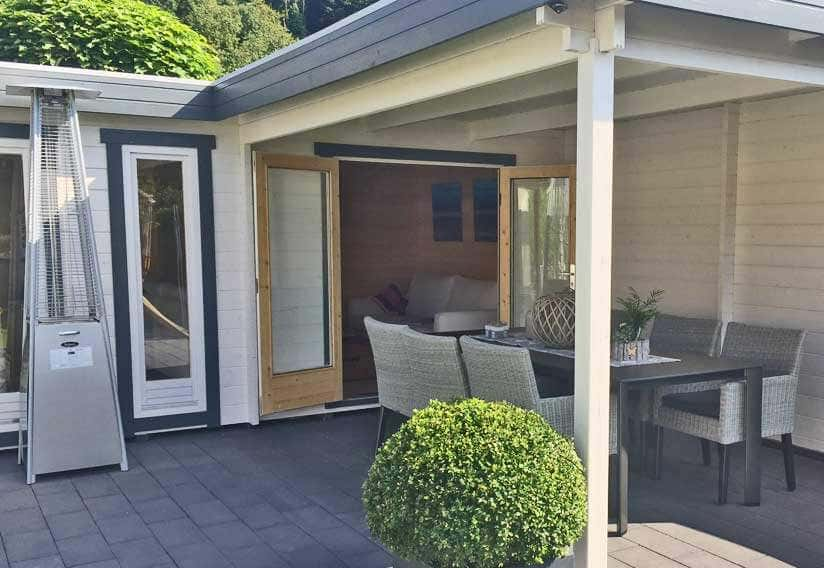 ein st ck urlaub zuhause flachdach gartenhaus quinta. Black Bedroom Furniture Sets. Home Design Ideas