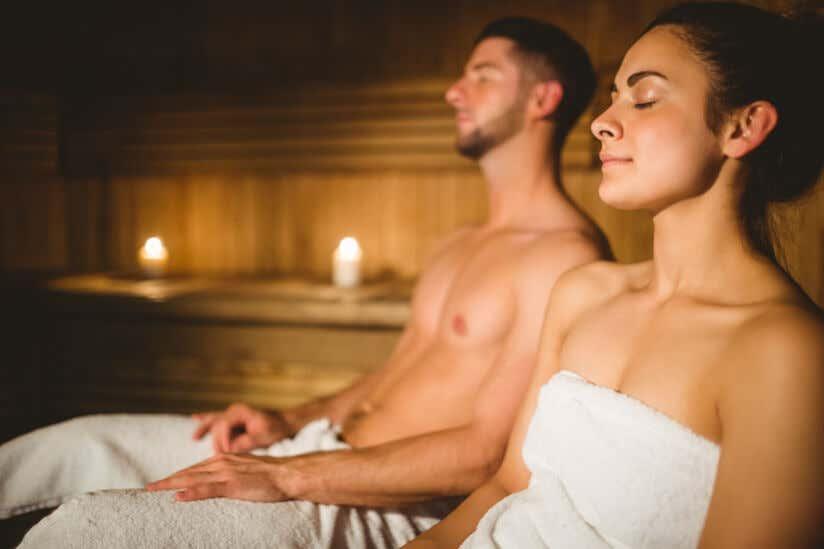 Sauna Gesund Oder Ungesund 9 Vorteile Der Sauna Wirkung