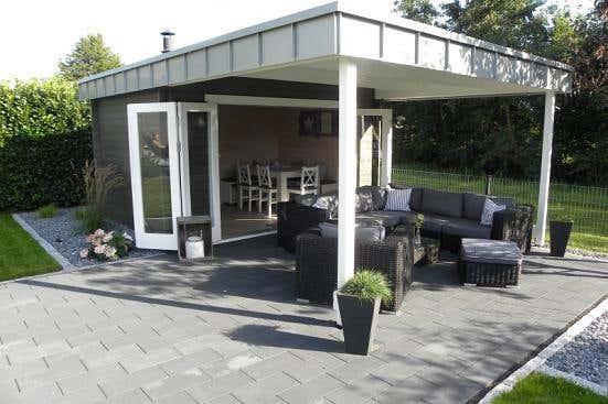 gartenhaus mit terrasse gr en und stile f r ihren garten. Black Bedroom Furniture Sets. Home Design Ideas