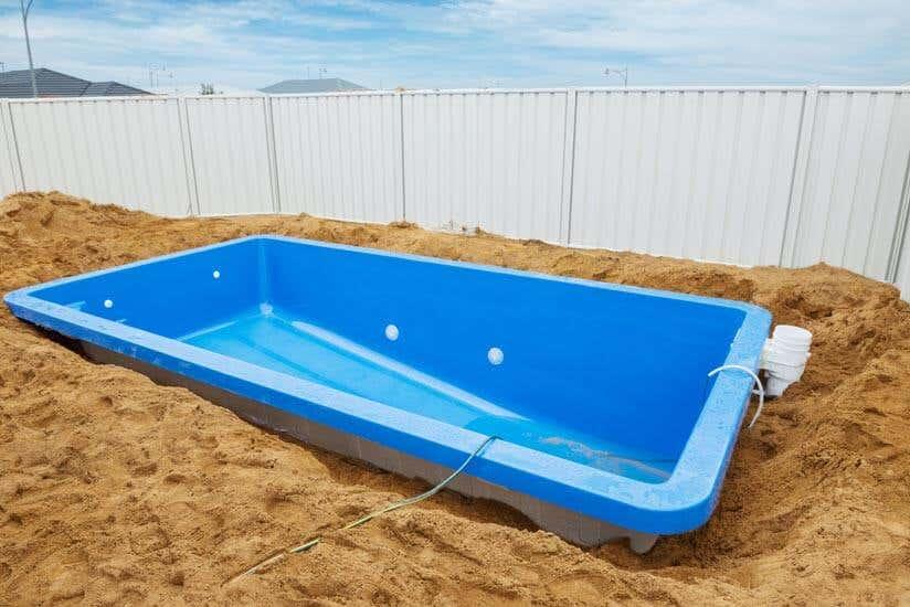 swimmingpool im garten alles was sie zu gartenpools. Black Bedroom Furniture Sets. Home Design Ideas
