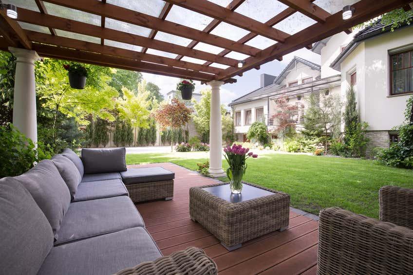 terrasse-mit-sofa